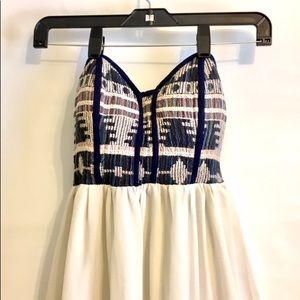 🦋🦋🦋Love Culture Strapless Dress w Flared Skirt